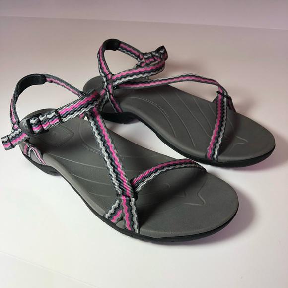 33d97e39f7c77 TEVA Anatomic Footbed Thin Strap Hiking Sandals. M 5acf8a971dffda489c2c91b2